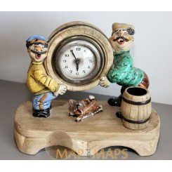 Scurry men and dog Funny Vintage Clock working. c 1920.